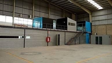 nave industrial en technology park