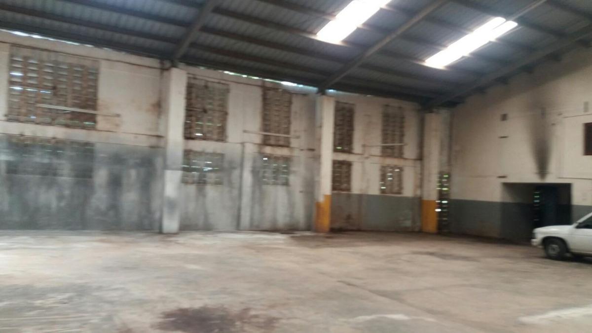 nave industrial en venta en av las palmas santo domingo