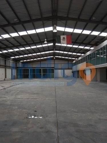 nave industrial en venta en san isidro miranda (el marques)