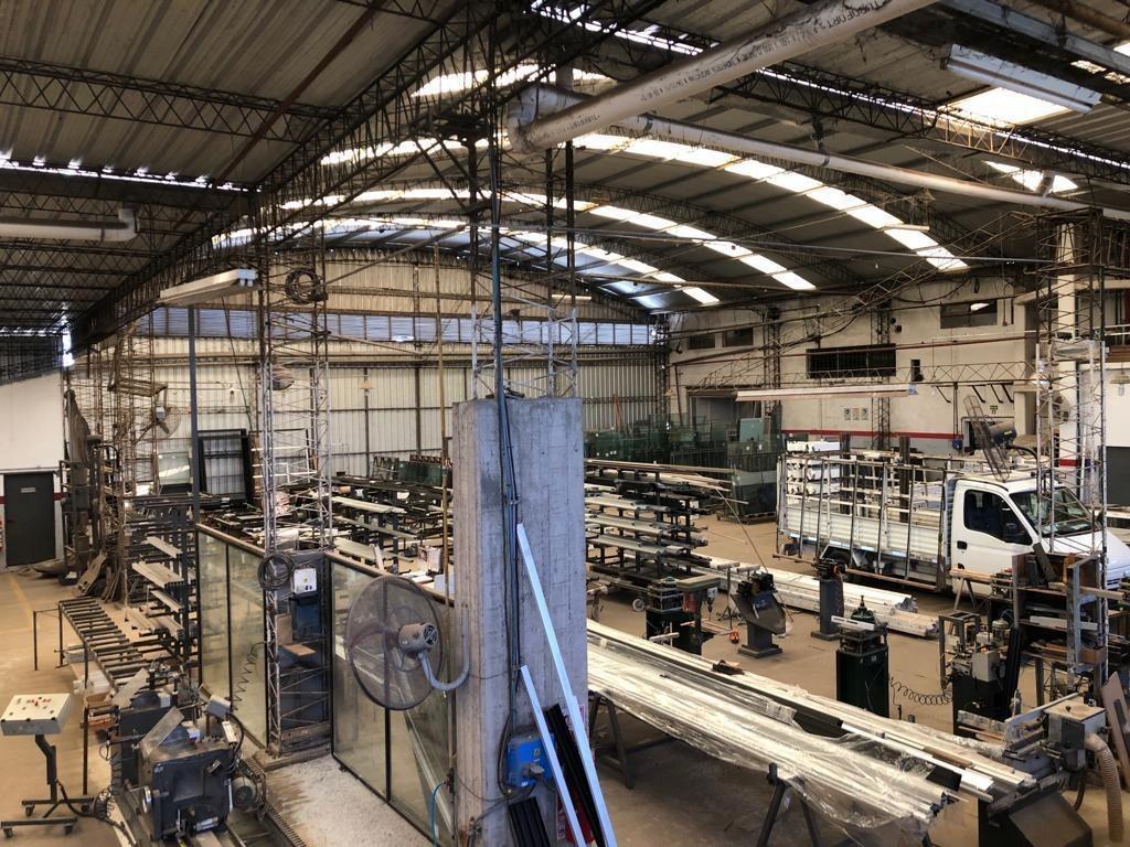 nave industrial - la reja