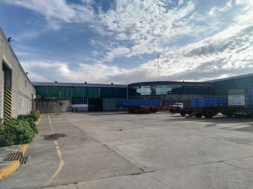 nave industrial - merlo