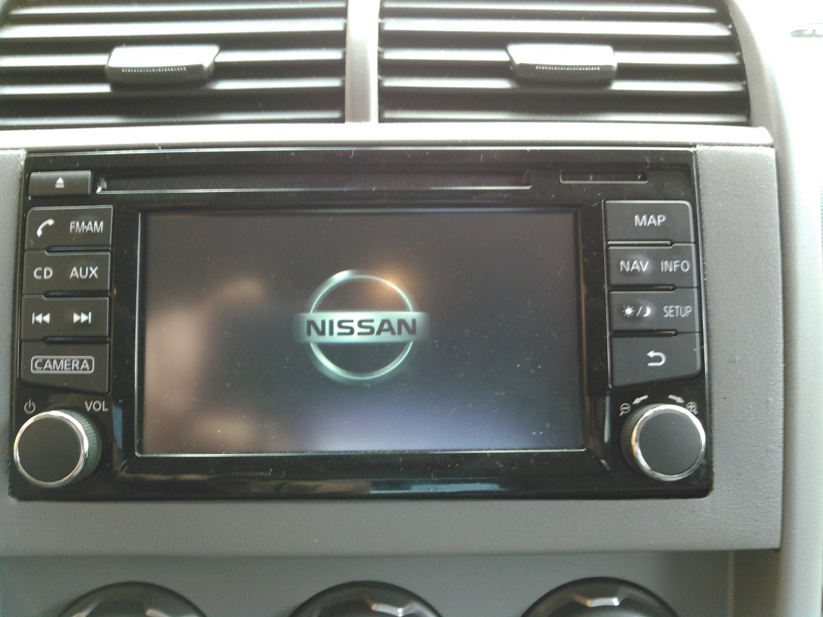 Navegador Original Nissan 2015 Versa Altima March Y