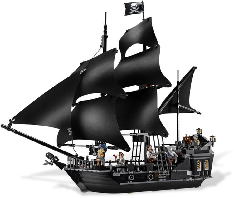 Resultado de imagem para navio pirata