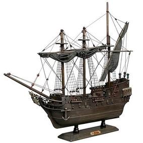 Navio The Black Pearl Piratas Do Caribe Neca Ed Limitada