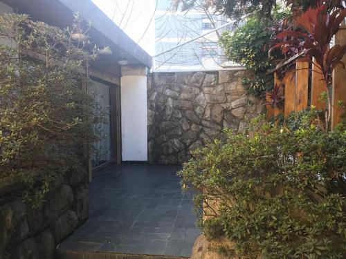 nazarre 5840 venta 270 m2 cubiertos con piscina climatizada