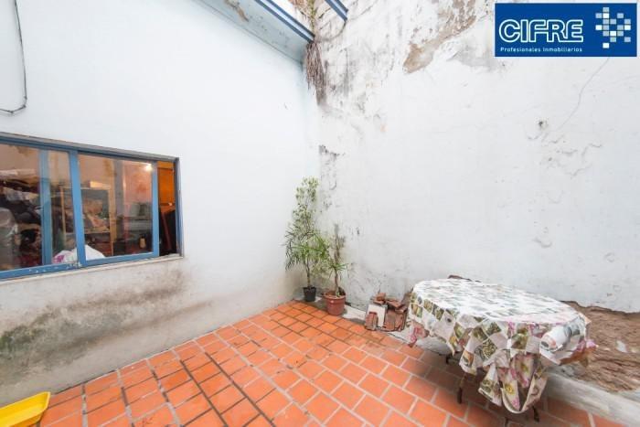 nazca 800 - ph 5 ambientes con patio y pequeña terraza a refaccionar