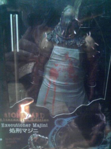 neca resident evil executioner majini terror mcfarlane toys