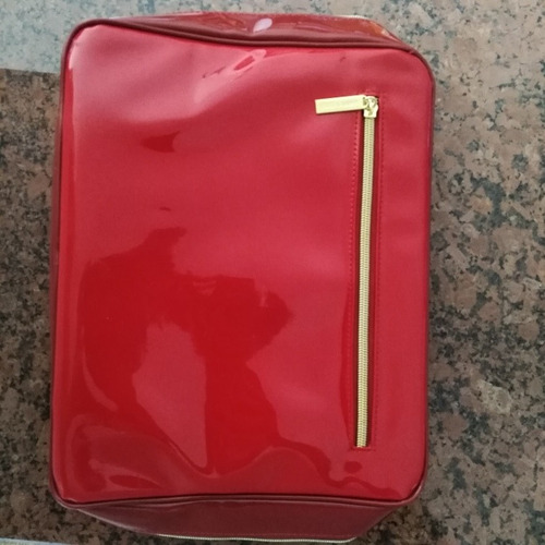 neceser maleta de mano estée lauder.