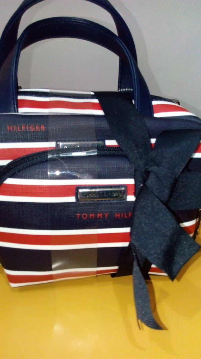 9ff73c6b9 Neceser Tommy Hilfiger - $ 990,00 en Mercado Libre