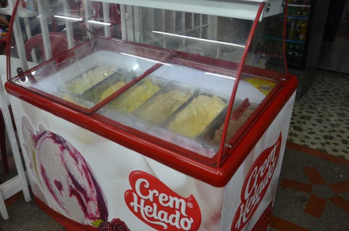 negocio heladeria fruteria y comidas rapidas