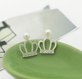 neko lucky accesorios- aretes crown pearl