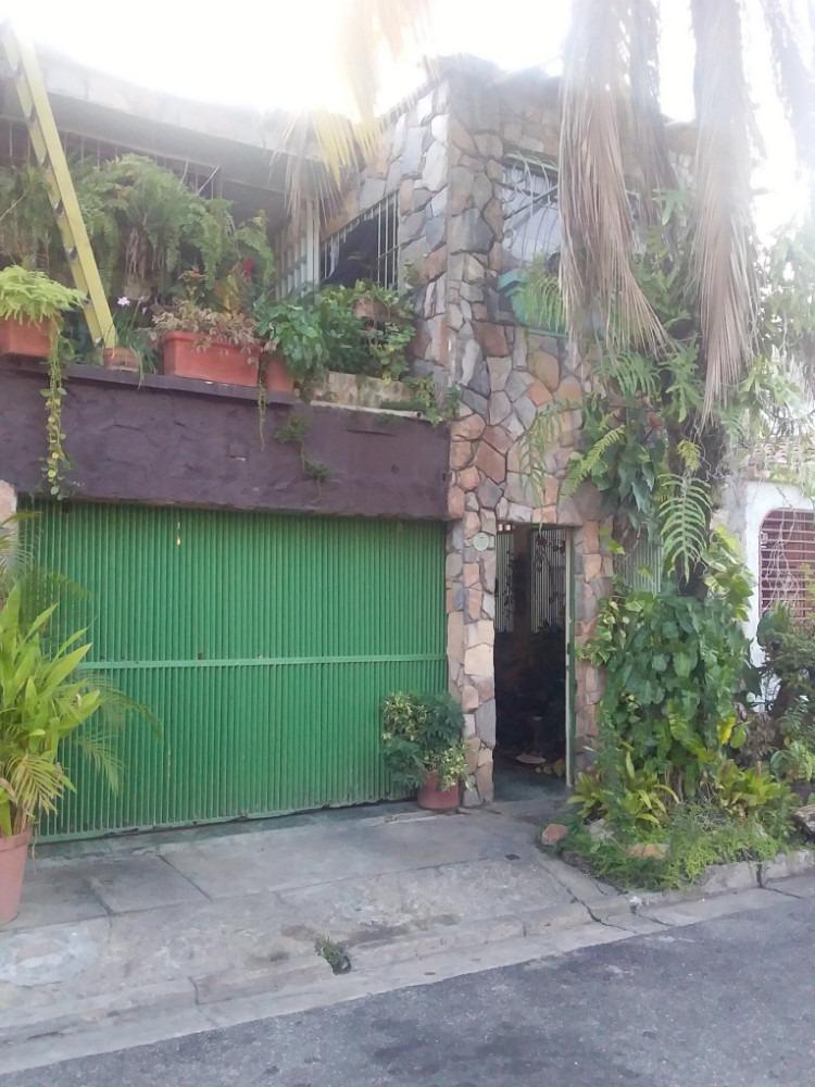 nestor moreno vende casa en yuma