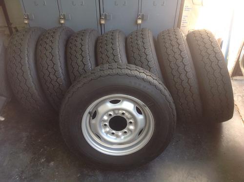 neumaticos nuevos con llantas para camioneta nissan d 21