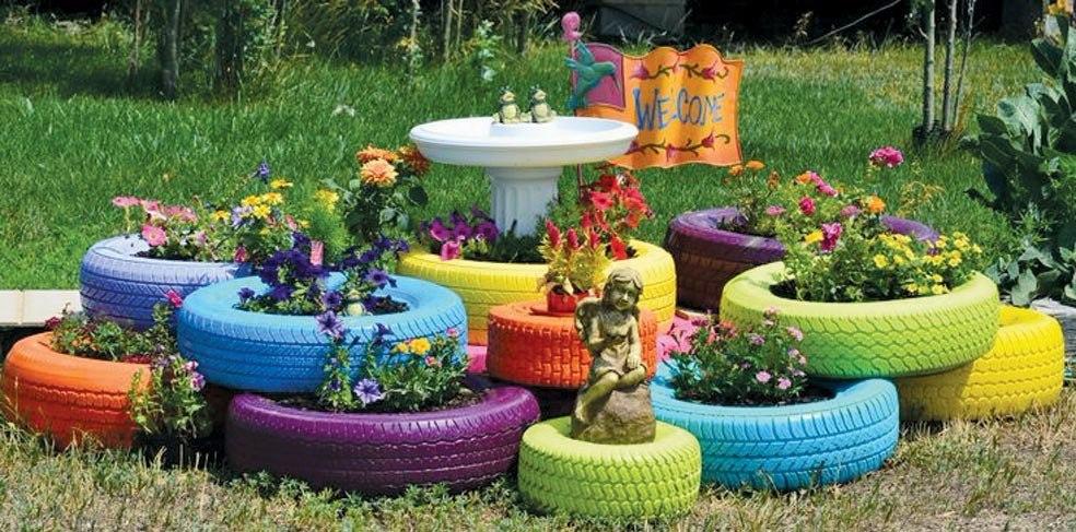 neumaticos reciclados para decoracion jardin maceteros