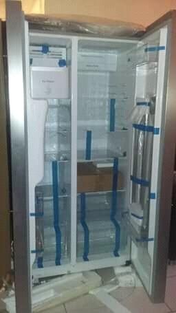 nevera 2 puertas verticales con dispensador agua y hielo nue