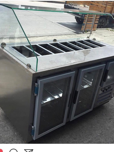 nevera barra refrigerada con azafates