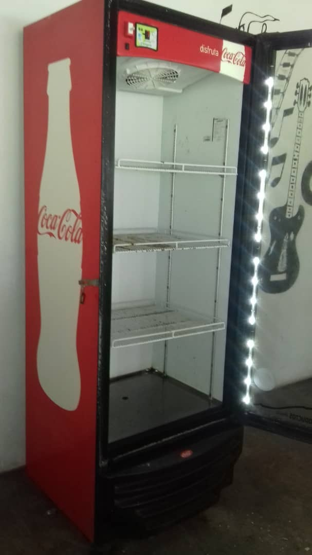 Nevera Coca Cola Version Nueva Con Luces Led Bs 4 500 00 En