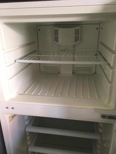 nevera con congelador 12 pies *300