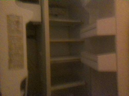 nevera, estante, biblioteca, maquina de soldar, aerocloset