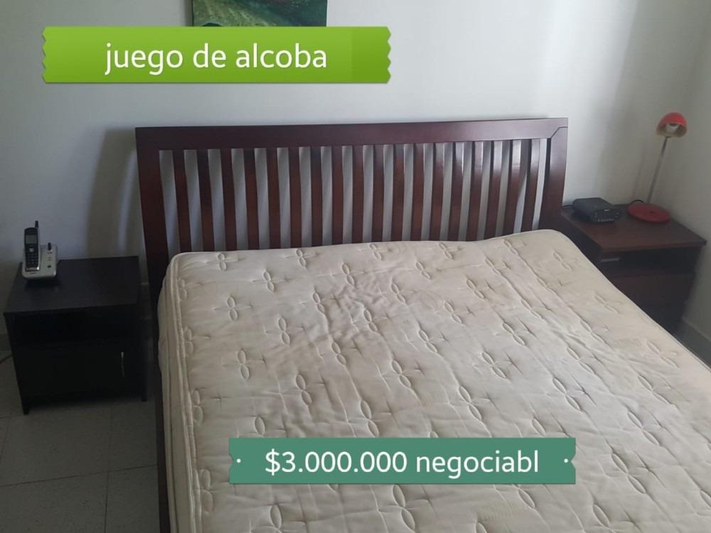 nevera, sofa, cama