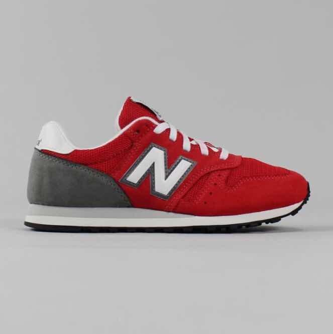ac8ab44c685 New Balance 373 Vermelho Num 39 - R  150