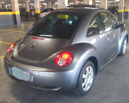 new beetle 2.0 tiptronic - 2010
