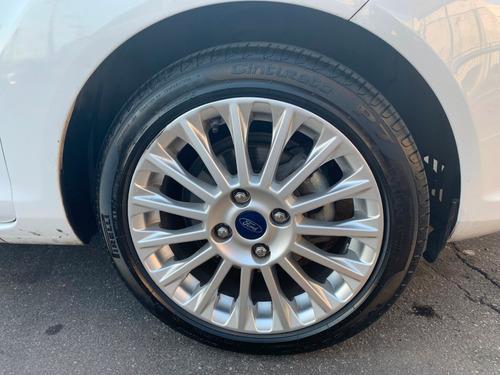 new fiesta titanium hatch 15/16 - automático branco - 2016