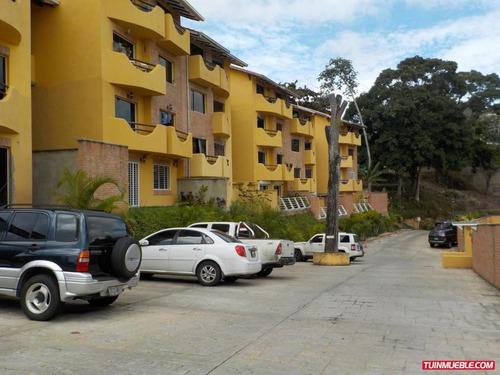 nf 19-4704 apartamentos en el hatillo
