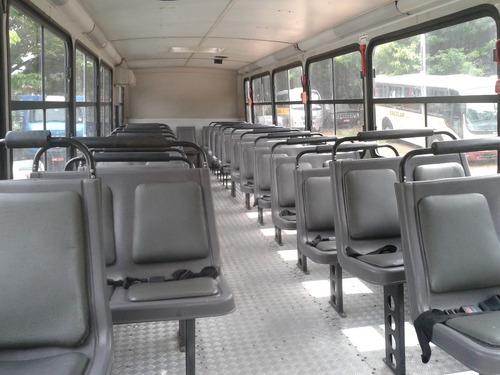 ônibus escolar comil svelto