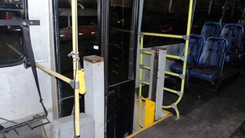 ônibus escolar especial caio conservação especial- volks