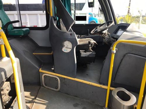 ônibus neobus mega para 43 lugares