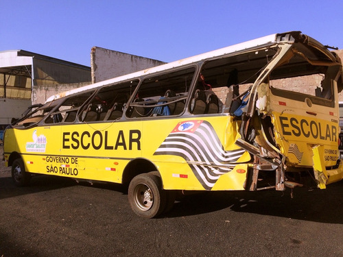 ônibus para retirada de peças !!!