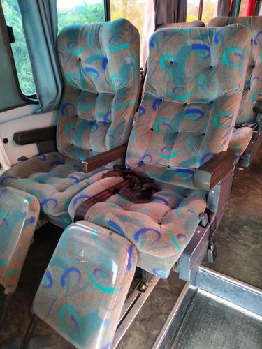 ônibus volvo  42 lugares banheiro ar condicionado
