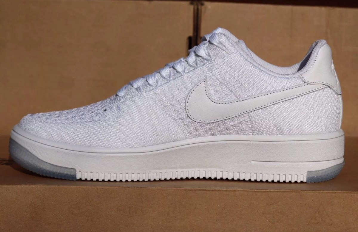 65c35a8b6abcb ... spain nike air force 1 af1 ultra flyknit low triple white mujer. cargando  zoom. ...
