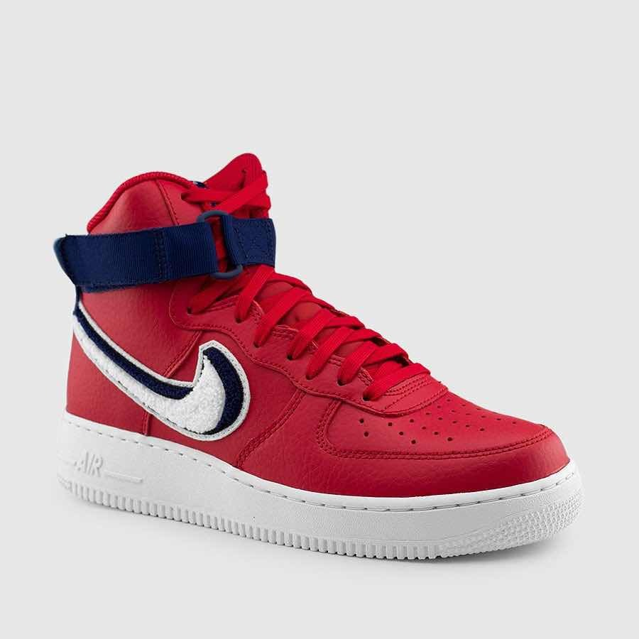outlet store 81096 c5913 nike air force 1 high 07 chenille swoosh tienda usa. Cargando zoom.