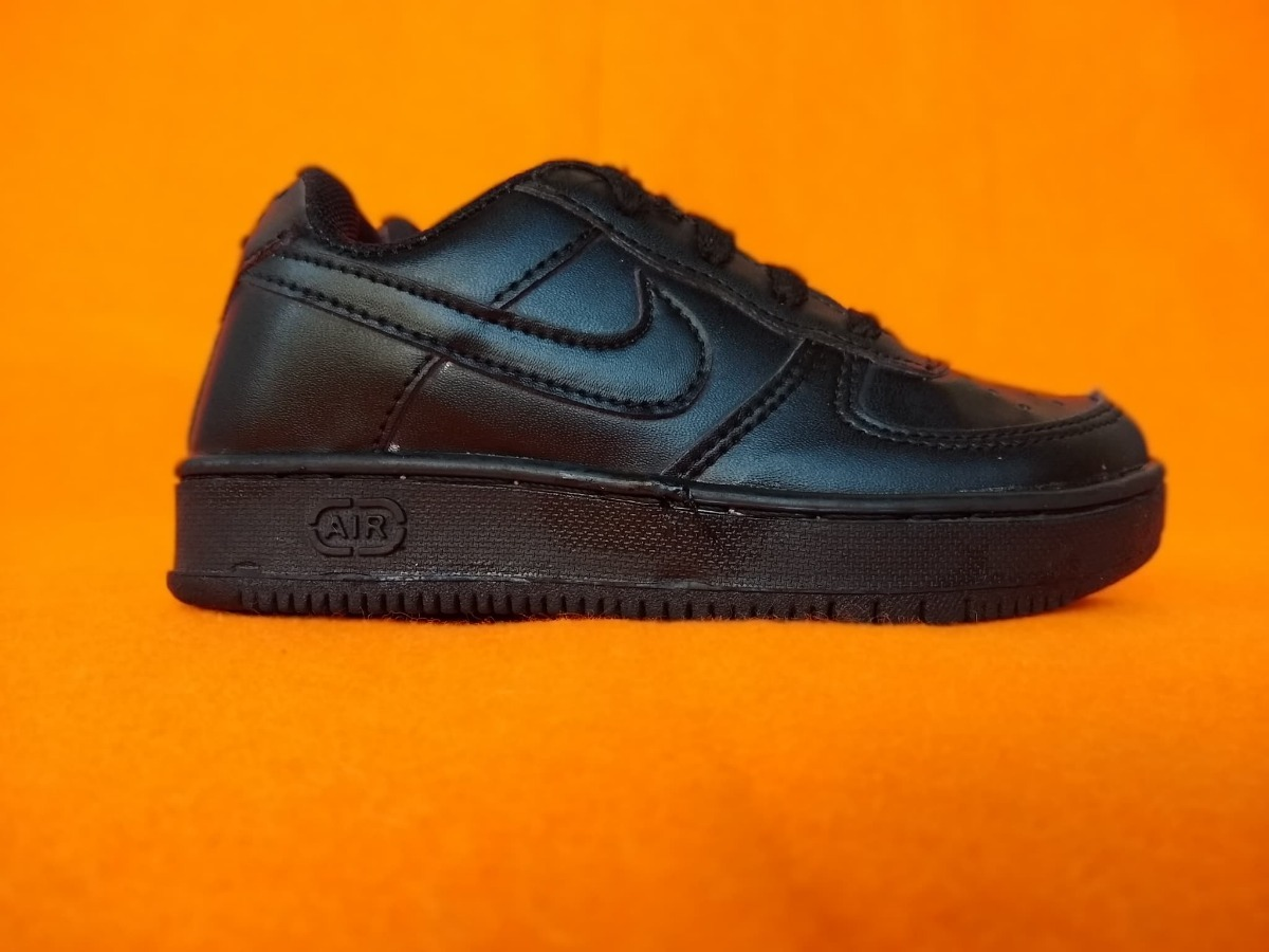 check out 729ca 70699 ... clearance nike air force 1 low 07 negro af1 infantil. cargando zoom.  3b169 1f559