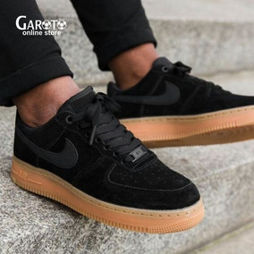 air force 1 negras y marrones