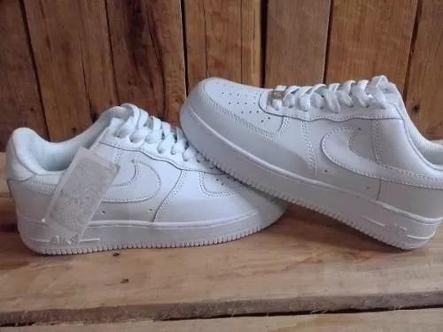 Nike air force 1 low hombres formatori anti fur beige