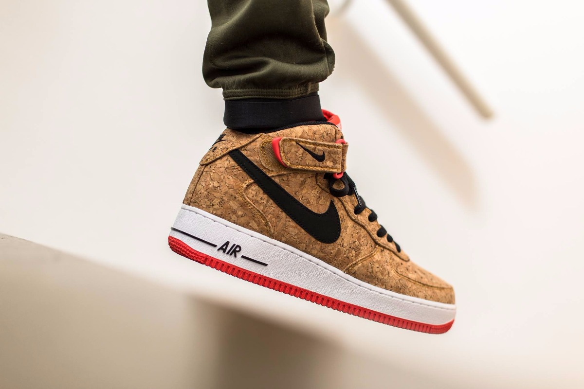 910da2037d4da ... france nike air force mid cork pack rolha botinha. carregando zoom.  b6ecb 577ee