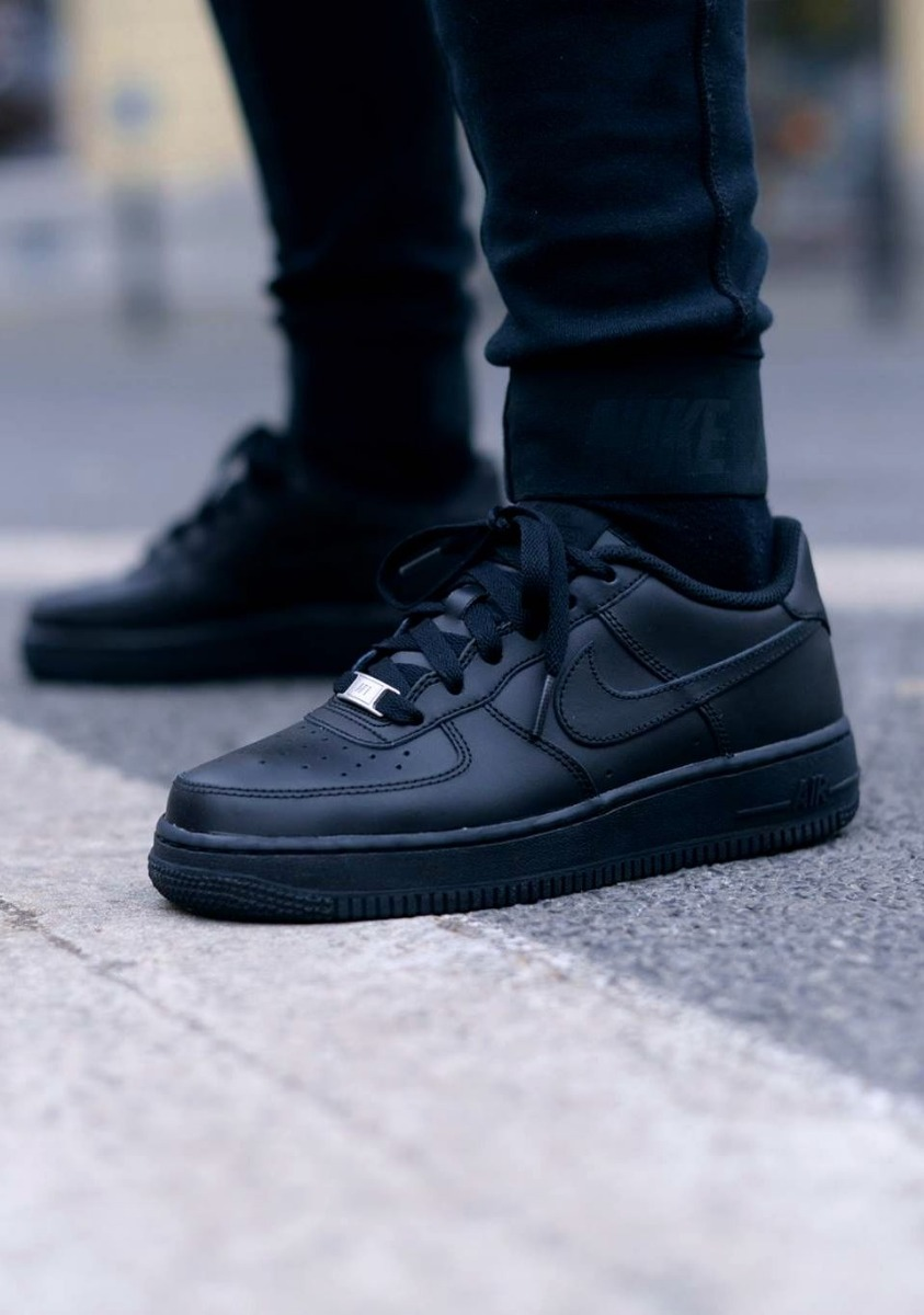nike air force classic negro
