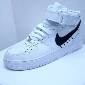 air force 1 mujer blancas con nike negro