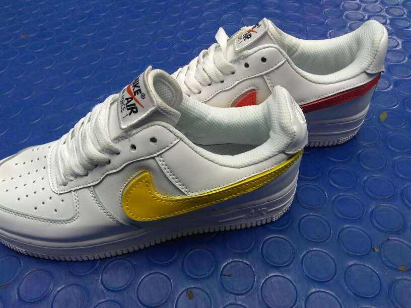 nike air force one swoos