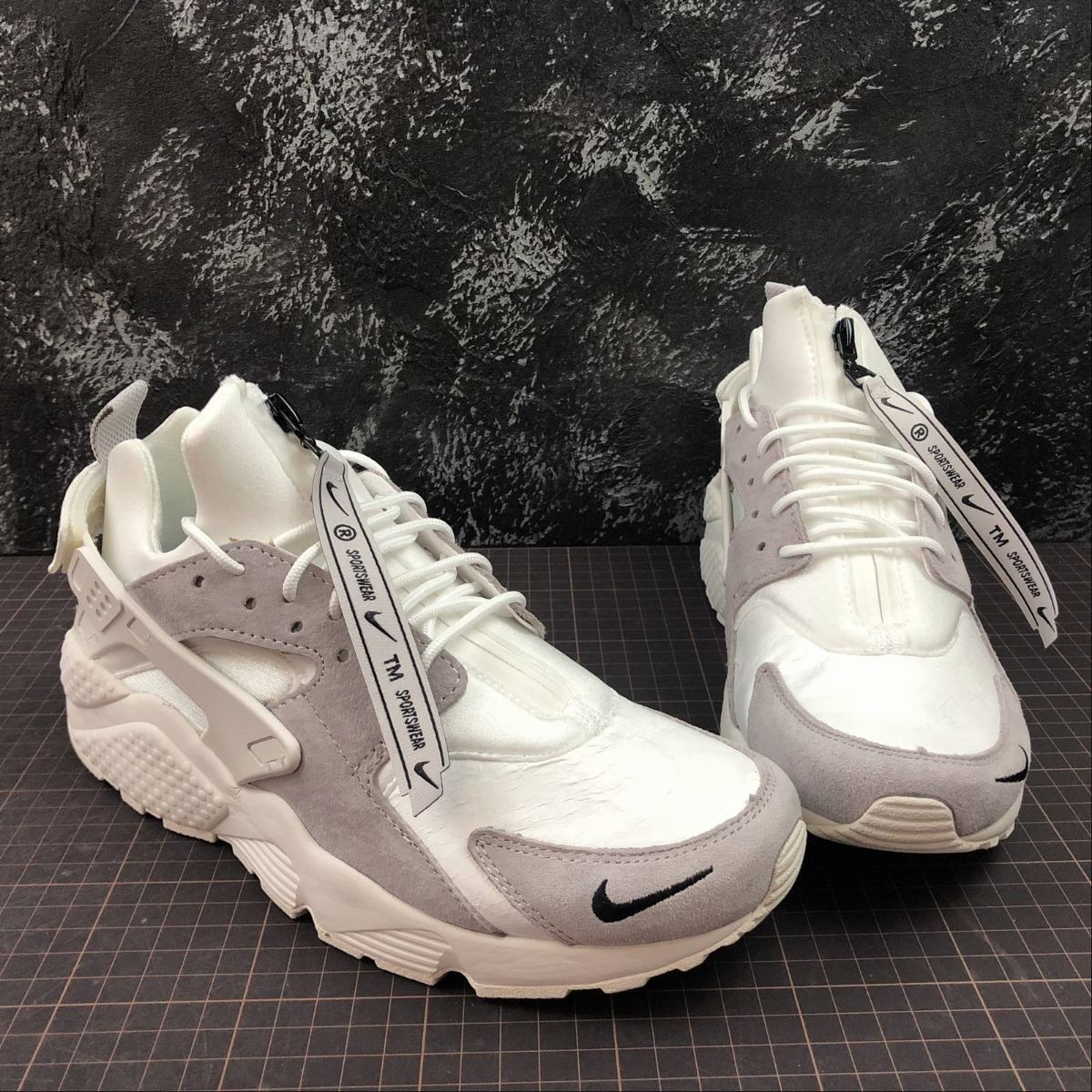 91e93c5b6be nike air huarache 90 10 all star 2018  vast grey   white . Cargando zoom.