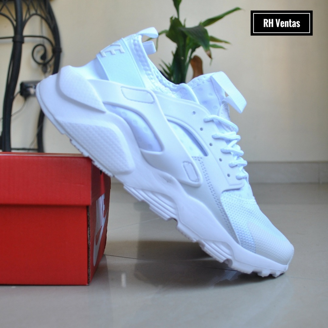Nike Air Huarache blanco