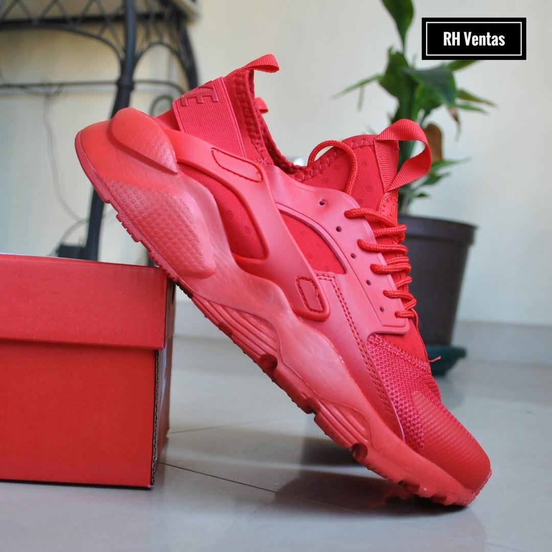 Nike Air Huarache rojo