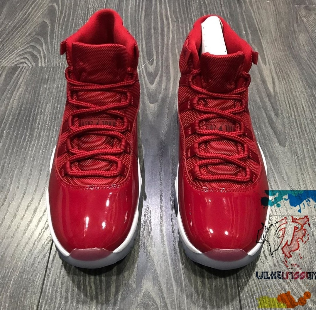 big sale 37c38 6660e Nike Air Jordan 11 Win Like 96 Gym Red Space Jam Talle 9 Us
