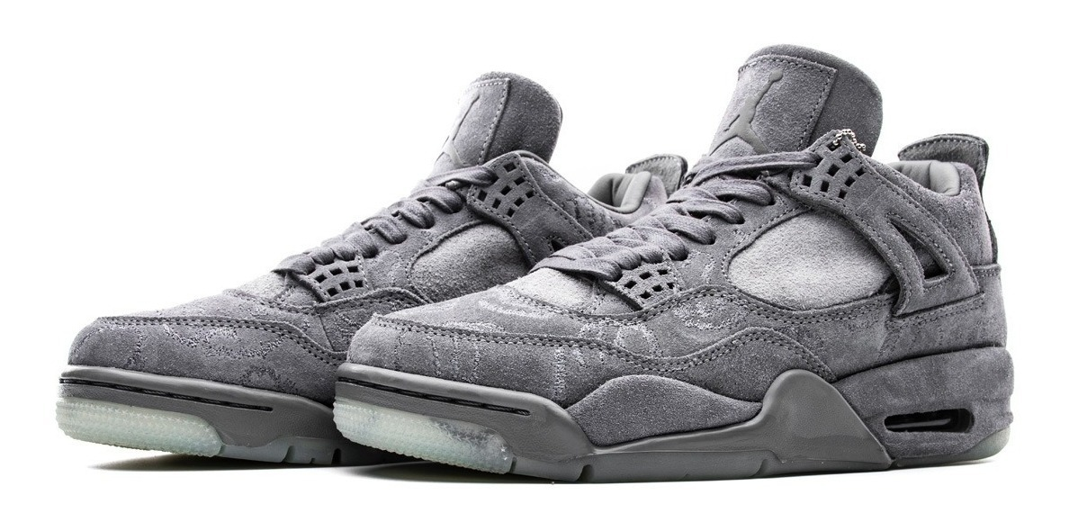 Nike Air Jordan 4 Retro Kaws Kaws