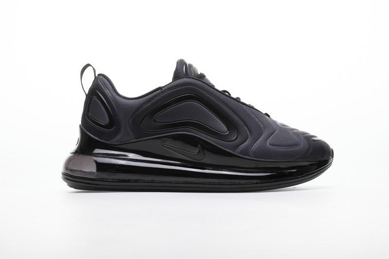 Nike Air Max 720 Triple Black Mujer