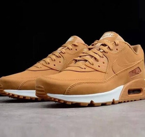 73b17590ee7 Nike Air Max 90 Essential Caramelo Bege