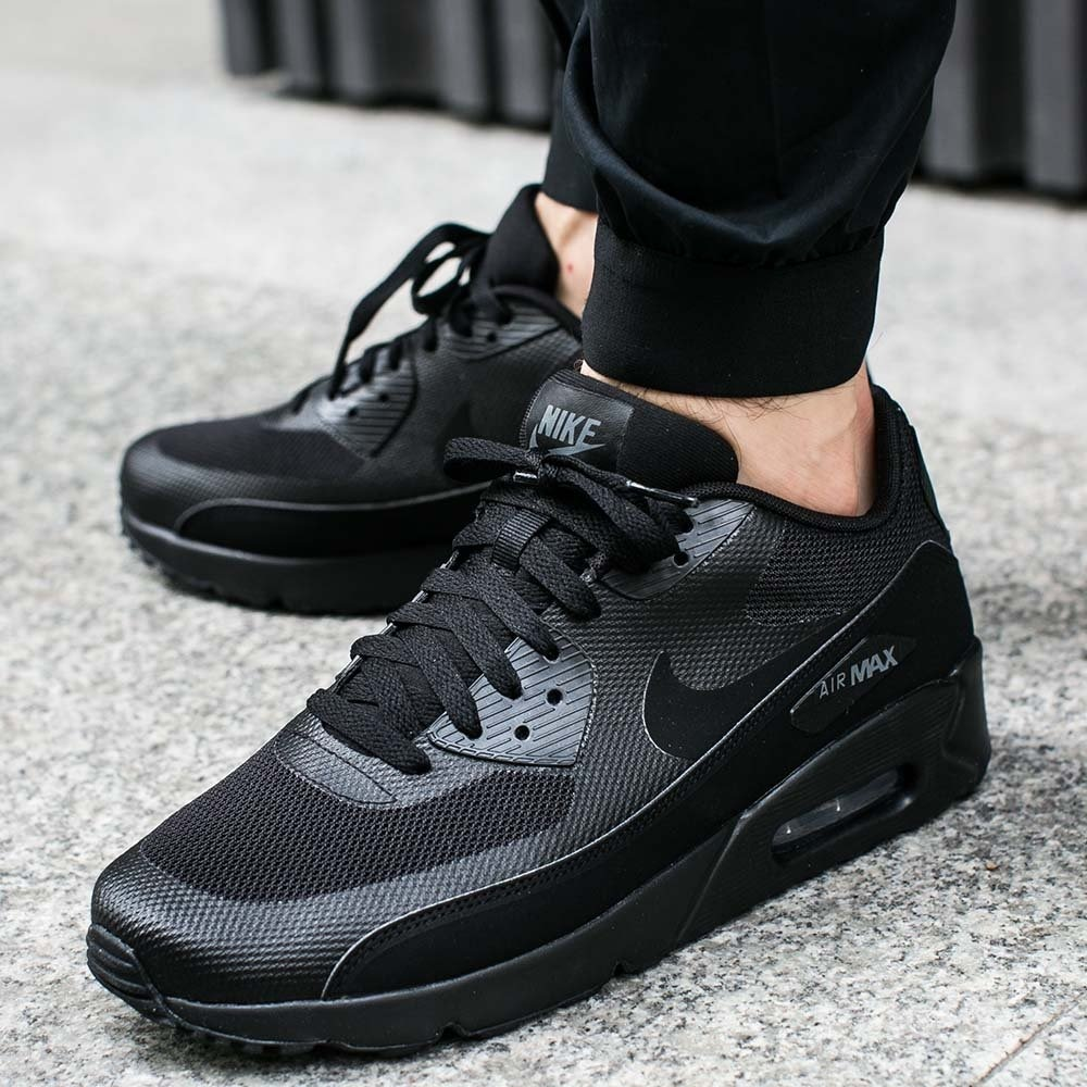 55515ea7 Nike Air Max 90 Ultra 2.0 Essential Triple Black - Hombre